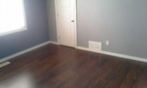 10627 76 Ave-Main Floor-Close to U Of A, Fully Renovated