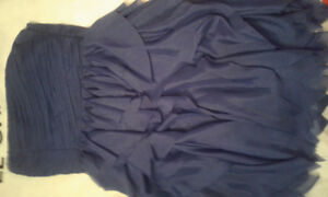 PRETTY BLUE FORMAL / GRADUATION DRESS FROM LE CHATEAU (LARGE)