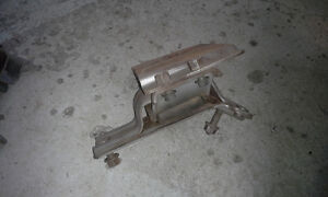 PAIR OF ENGINE MOUNTS for 2005 FORD E450 & E350 Peterborough Peterborough Area image 8