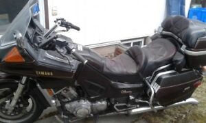fast sale! Yamaha Venture with complete Parts bike - $600