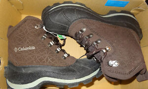 Columbia Winter boots size 6 (Brand New in box) SOLD PPU Friday