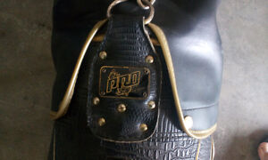 Leather golf bag Regina Regina Area image 1