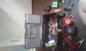 News and used tools fill up one tool box 20$