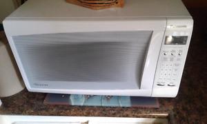 Panasonic Microwave Inverter  1200watt