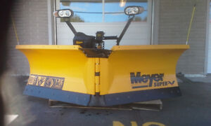 BRAND NEW MEYERS SUPER V SNOW PLOW for FORD SUPERDYTY