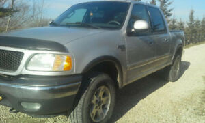 2003 Ford F-150 SuperCrew xlt  fx4  4x4 LOW KM 181000!!!