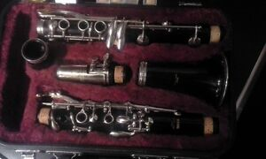 Yamaha B flat clarinet North Shore Greater Vancouver Area image 2