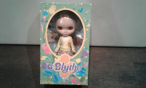 Blythe DOLL  Birdie Blue DOLL  New  Rare Exclusive Ltd. Edition