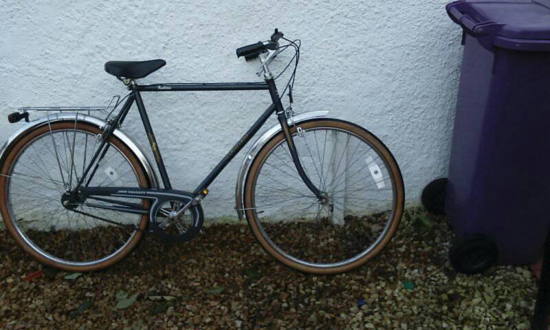 Gents Road Bike In Kings Park Glasgow Gumtree