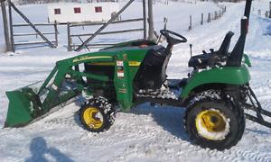 2004 John deere 2210 tractor!