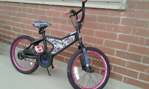 Monster High girls bike 20""