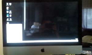 Apple Mac Desktop with Windows And Os X Operating system