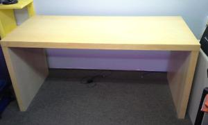 bureau Ikea et chaise