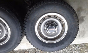 1990 GMC 2500 6 bolt rims and tires 245 75 16