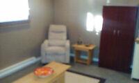 appartement 2 1/2  inclus,chauffé,éclairé,meublé,libre5octobre