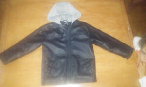 Manteau simili cuir doublé 4T