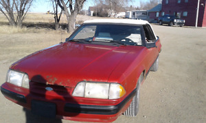 1987 MUSTANG Running,driving,stopping ANTIQUE....