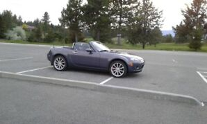 2006 Mazda MX-5 Miata GS Coupe (2 door)