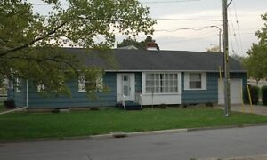 Student House Centrally Located on Glenridge Ave