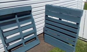 Painted Pallets, clean, ideal for planting &/or privacy.