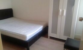 Double Bedroom in stratford