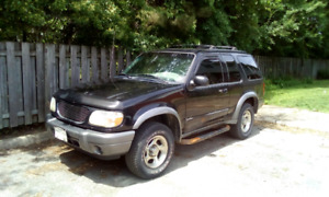 2000 Ford  Export Sport