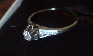 Vintage 14k Diamond Solitaire Engagement Ring Hallmarked