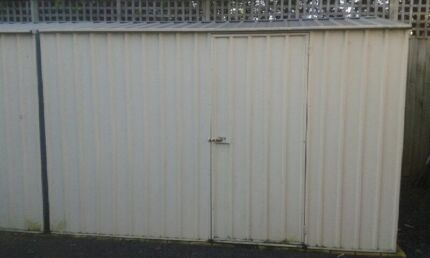 SHED Great Condition