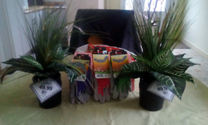 2 new Potted green artificial flowers and outdoor gloves
