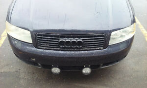 Audi A4 cuir Berline 800$ route ou piece