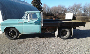 1965 Chev 30 - 1 Ton Dually