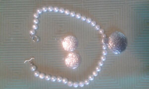 Silver and Fresh water pearls necklace & earrings
