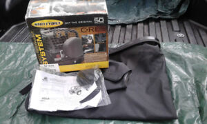 Jeep Tonneau Cover and Cargo Net
