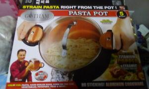 Kitchen utensils pasta pot