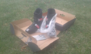 **Brand NEW Sled Dogs Snow Skates ski $25/pair shipping possible