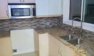 Available ROOMS FOR RENT located Between southgate & U of A