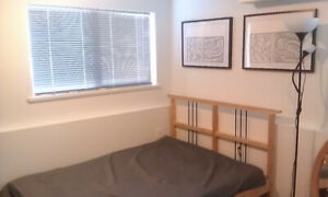 120 ft2 - Room available from May 1 for female tenant.