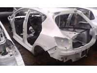 MK5 SEAT IBIZA 5 DOOR HATCHBACK BARE SHELL IN WHITE DAMAGED SPARES OR REPAIR