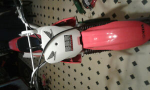 Mint Honda crf  100f