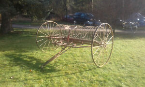1950s Tractor rake (Great lawn ornment)