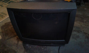 SHARP TV 32' WITH REMOTE 20.00