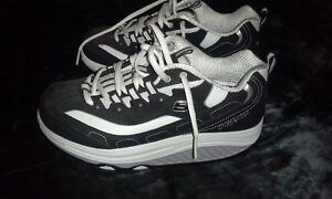 Skechers shape ups shoes