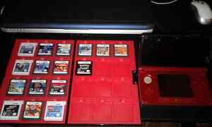 Red 3DS With 16Games and extras.