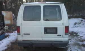 PAIR OF TAIL LIGHTS. FORD E150 E250 E350