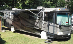 FOR RENT! 40' Motorhome. NEW EQUIP & roadside assistance!