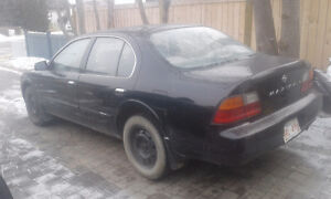 1997 Nissan Maxima Sedan $800