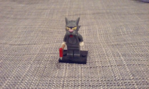 Lego Simpsons Minifigures series 1 - Scratchy