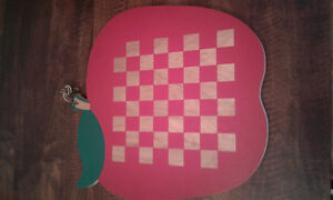 Apple Tic Tac Toe Board and Checkers/ Chess