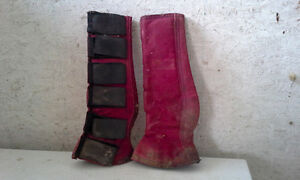 Equine shipping boots