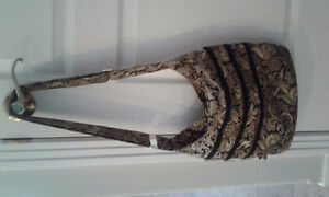 (LIKE NEW) PAISLEY CROSSBODY BAG by House of Bags at WEM